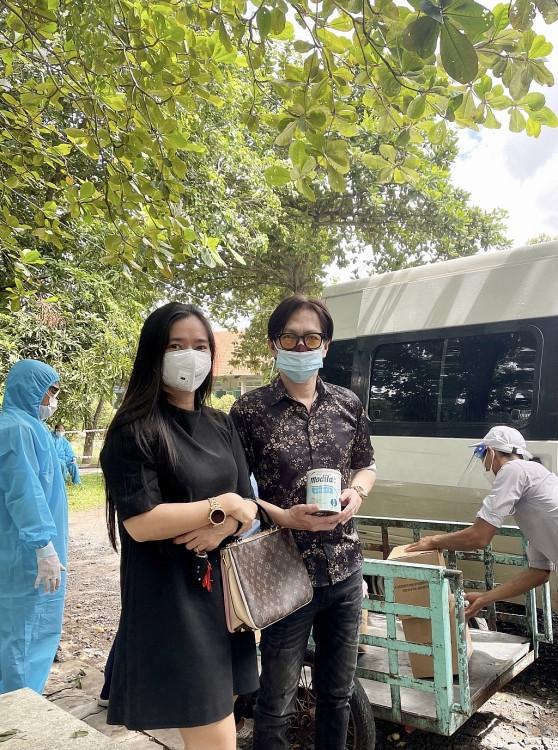 Nhạc sĩ 'thời sự' Nguyễn Minh Anh gây xúc động với sáng tác mới 'Thương lắm quê hương'