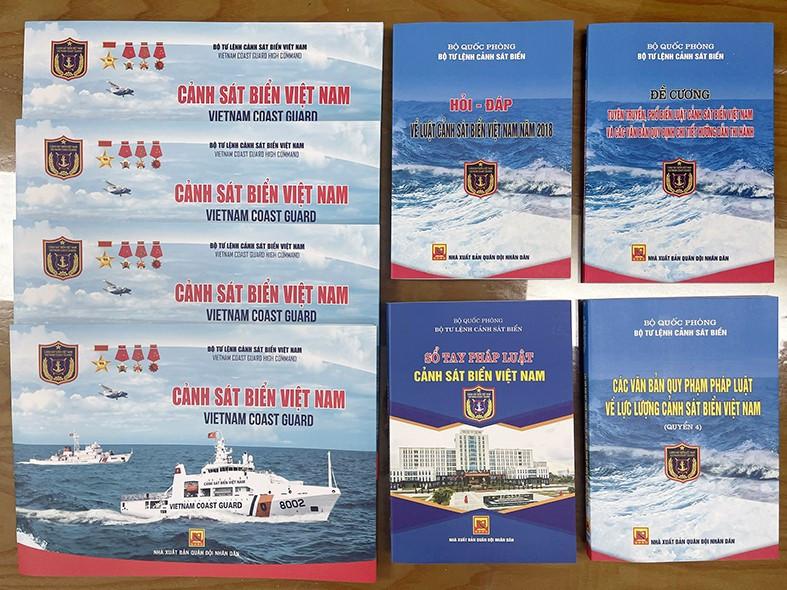 Tài liệu tuyên truyền Luật Cảnh sát biển Việt Nam