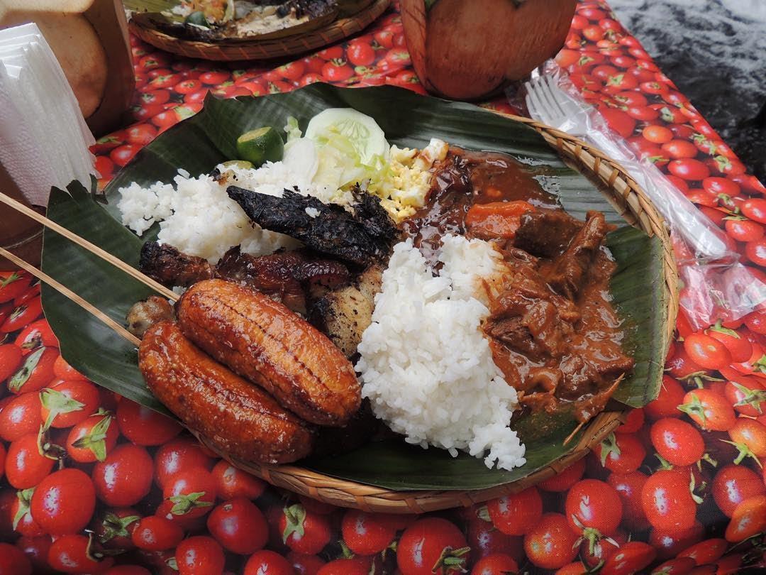 Ăn ngon thêm vạn lần với nhà hàng dưới chân thác độc lạ ở Philippines - 8