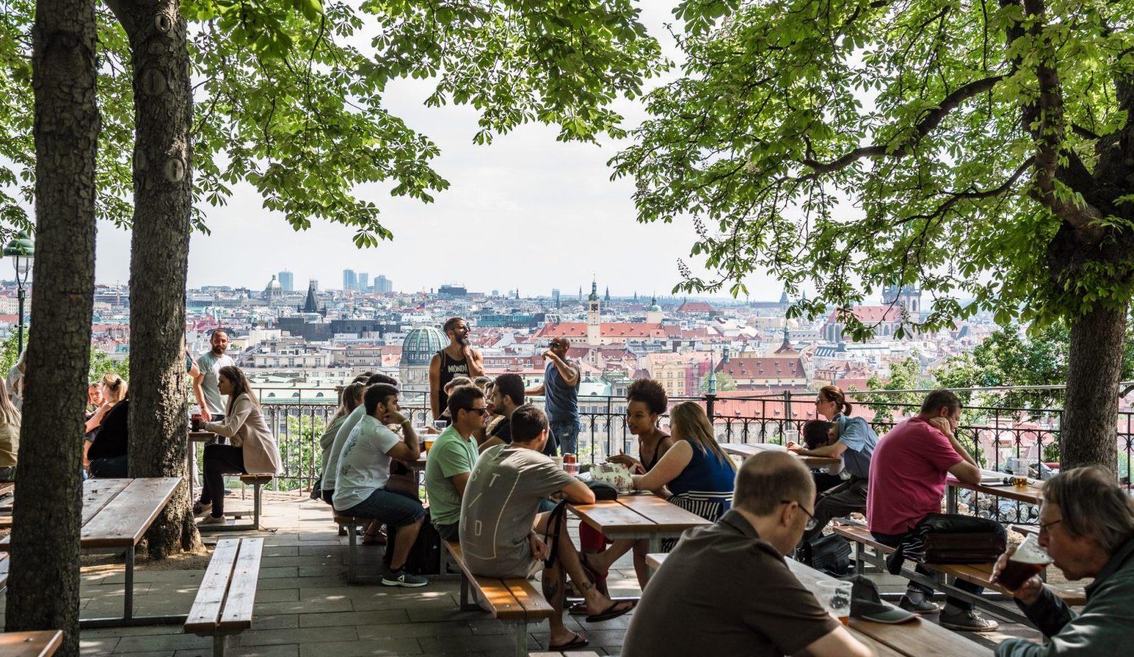 Có gì ở thành phố được bình chọn đẹp nhất thế giới năm 2021? - 11