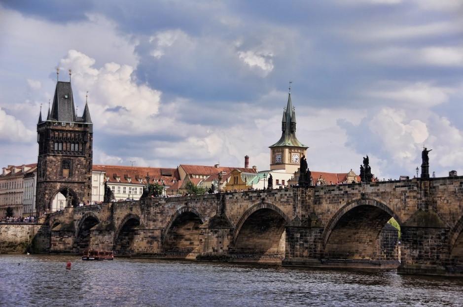 Có gì ở thành phố được bình chọn đẹp nhất thế giới năm 2021? - 5