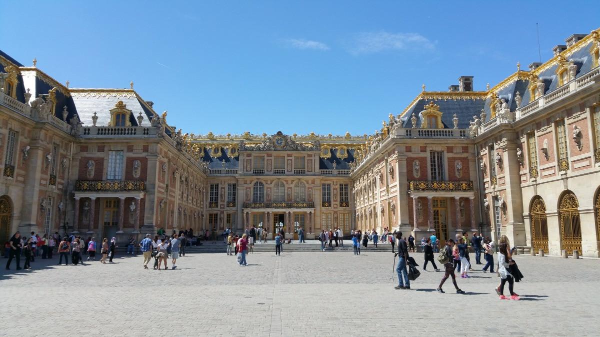 10 cung điện có kiến trúc đẹp nhất thế giới - 7