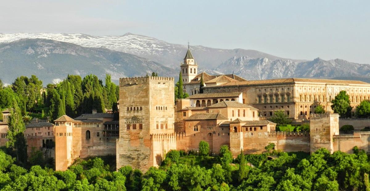 10 cung điện có kiến trúc đẹp nhất thế giới - 8