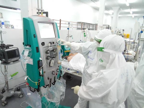 Sáng 27/9: Có 527.929 bệnh nhân COVID-19 đã được chữa khỏi; Số ca F0 nặng đang thở máy ở TP HCM giảm  - Ảnh 2.