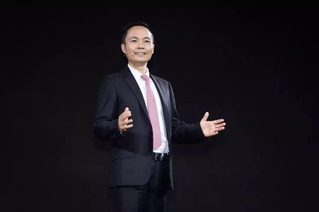Từ đứa trẻ miền núi trở thành CEO của thương hiệu smartphone bán chạy nhất Trung Quốc: Danh sư xuất cao đồ, biết tự nhận thức về bản thân là bí quyết để thành công - Ảnh 3.