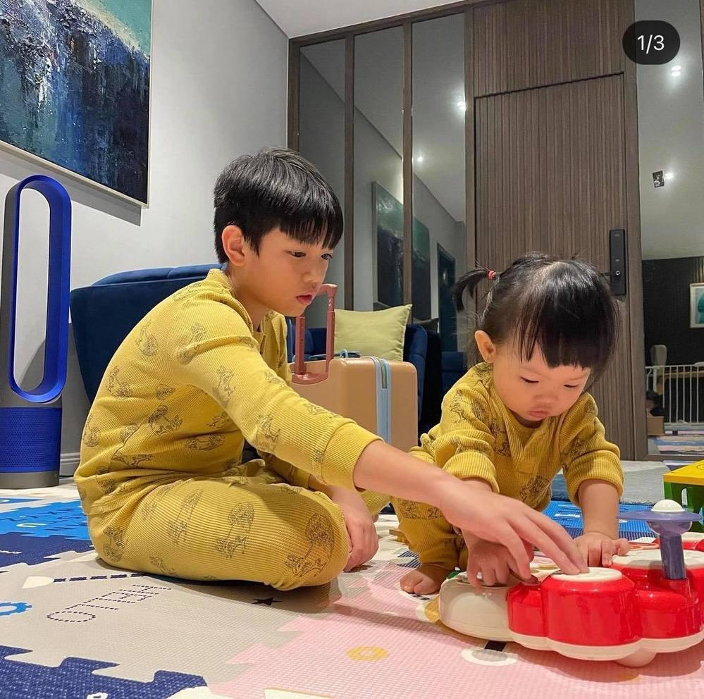 Subeo mặc đồ đôi với em Suchin, lộ 1 điểm giống nhau y đúc-2