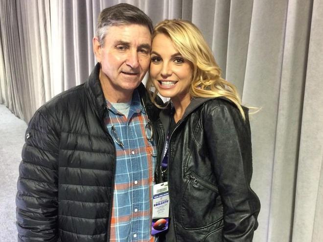FBI điều tra vụ Britney Spears bị cha nghe lén điện thoại-1
