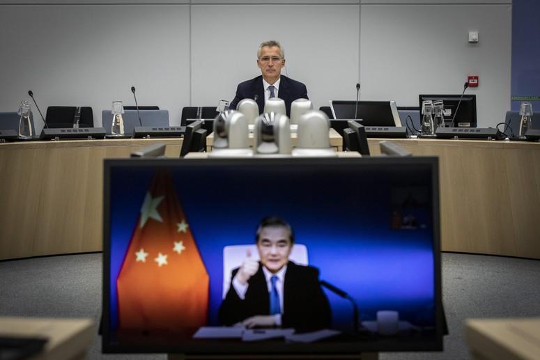Tổng thư ký NATO khẳng định Trung Quốc không phải kẻ thù, kêu gọi Bắc Kinh làm điều này