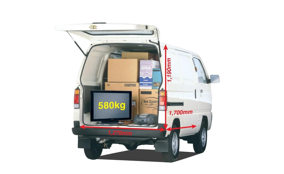 Mẫu xe tải nhẹ của Suzuki được kiểm chứng về độ bền vượt trội, phù hợp với nhiều điều kiện đường xá