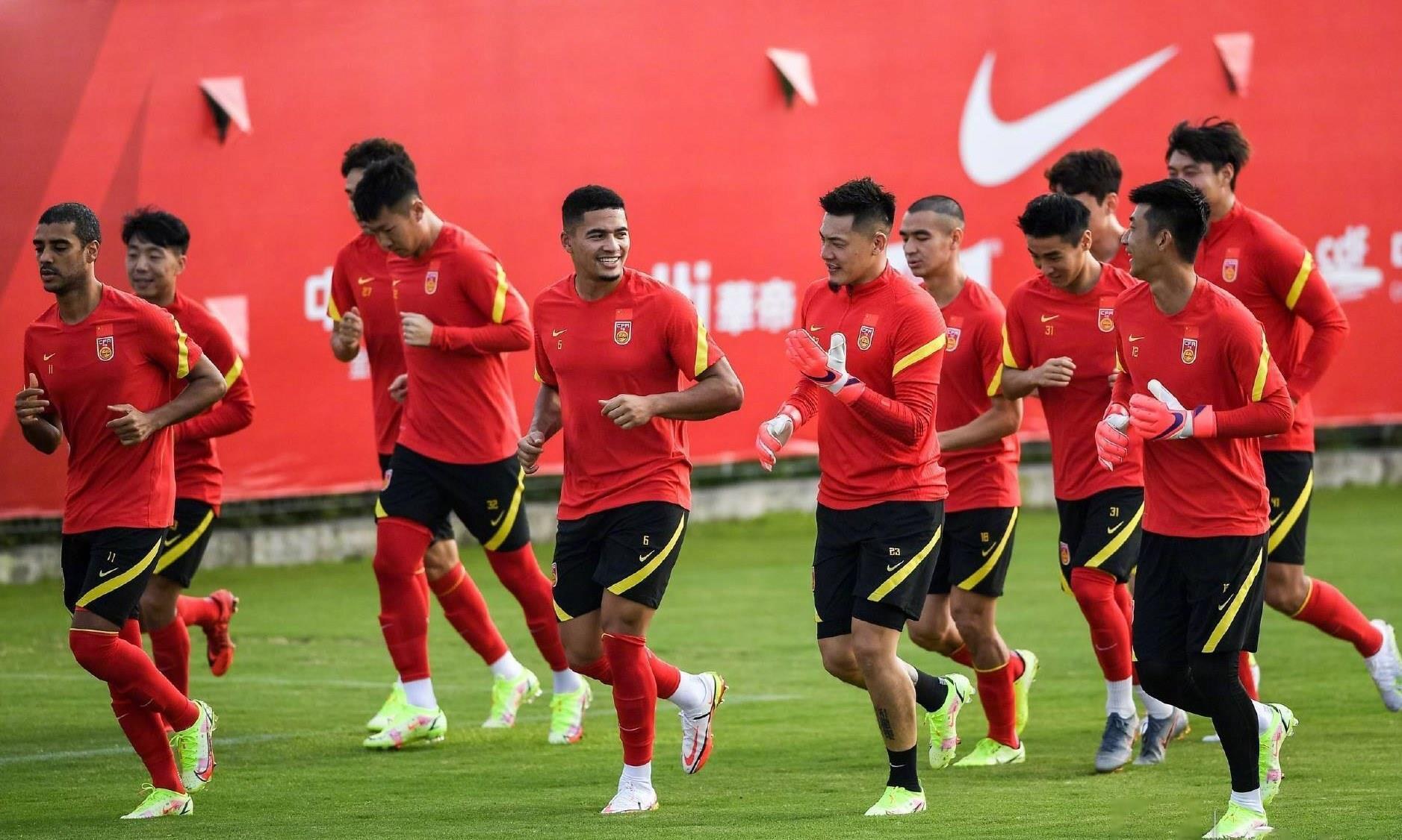Trung Quốc chơi không chiến, tuyển Việt Nam đối phó thế nào? - 1