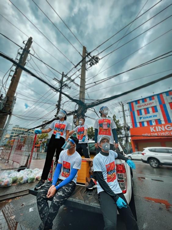 'Thành phố 18h' quy tụ hàng trăm nghệ sĩ, chung tay cùng thành phố vượt qua đại dịch