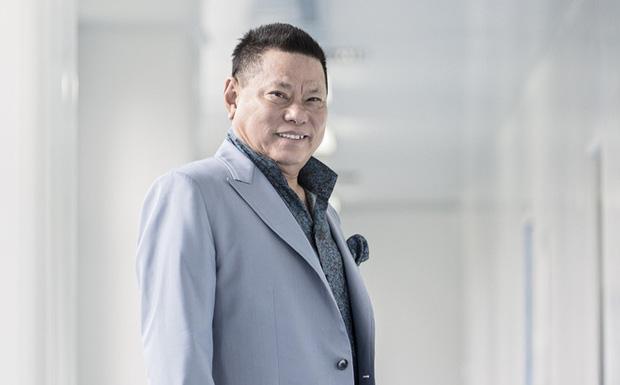 Một tỷ phú đứng ra nhận nuôi 23 người con của Phi Nhung-4