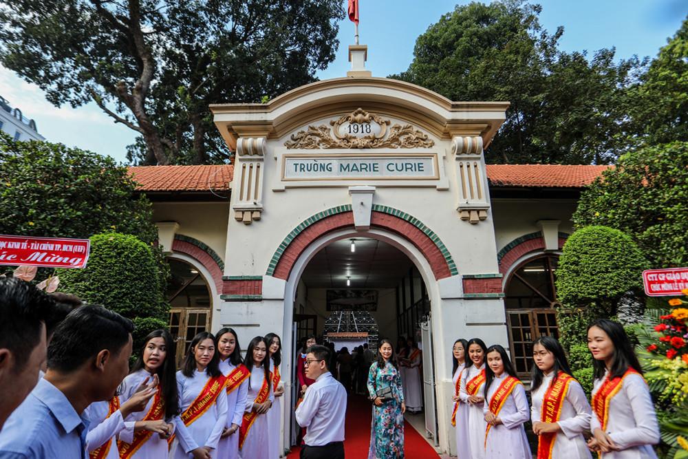 Những ngôi trường cổ kính, đẹp mộng mơ tuổi học trò ở TP.HCM - 6