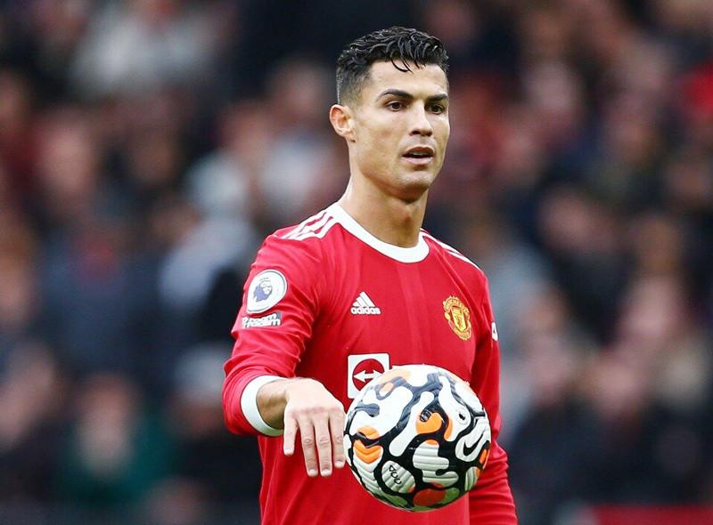 MU bỏ qua 2 'hàng nóng' để mang về Ronaldo