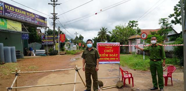 Khống chế dịch COVID-19 lây trong cộng đồng ở Đắk Lắk - Ảnh 2.